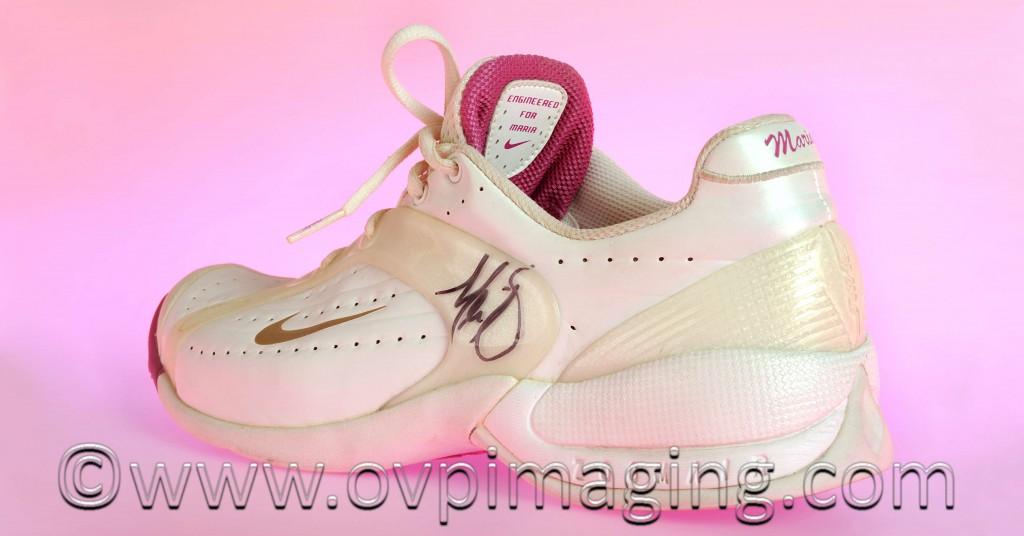 Tennis shoe signed by Maria Sharapova