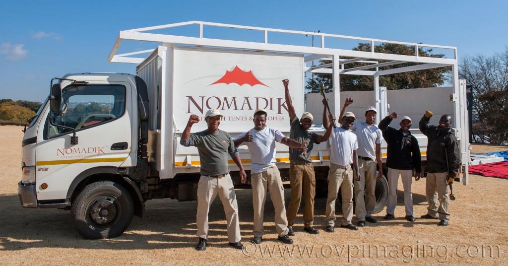 Nomadik Stretch Tents Team